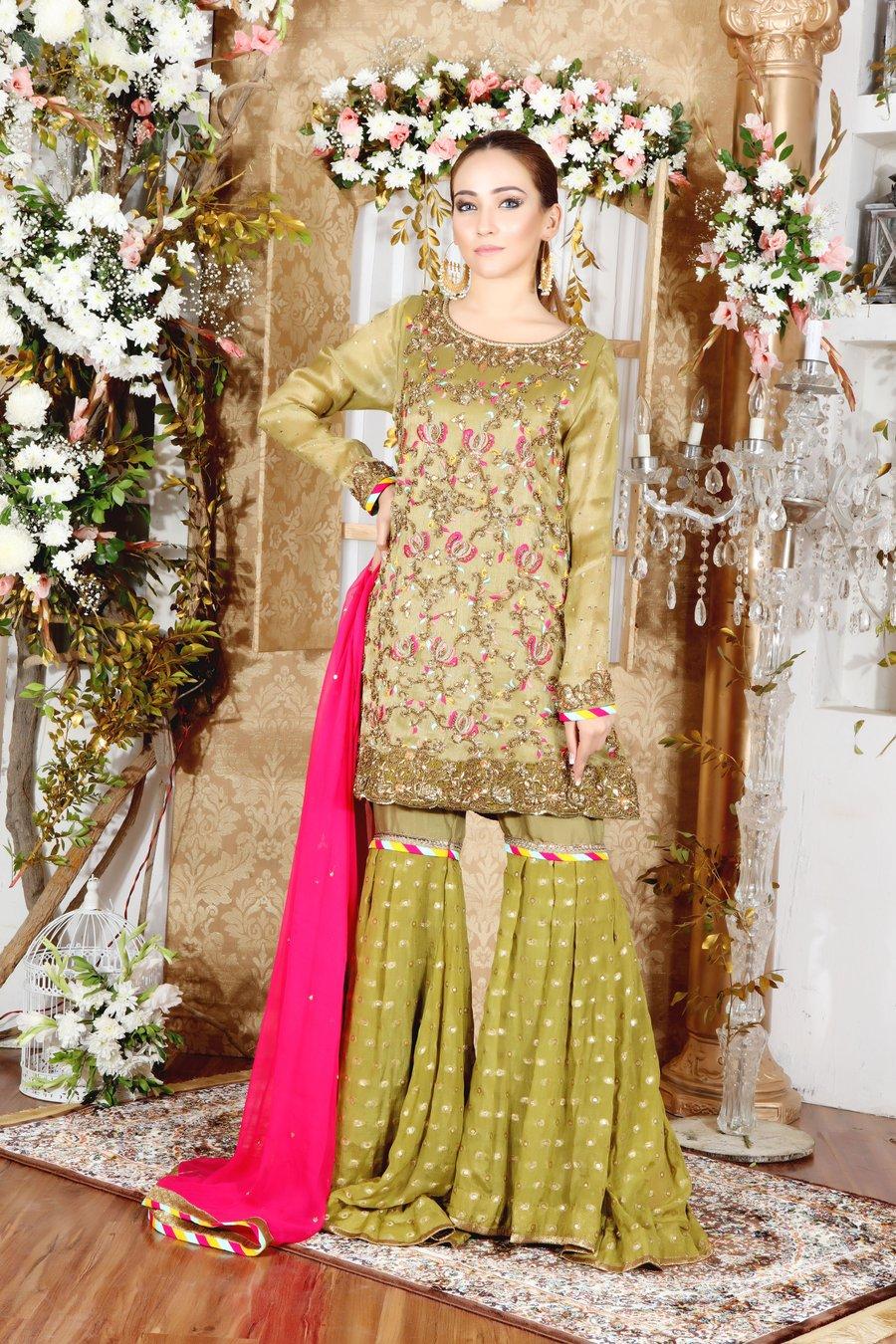 Mehndi Dresses for Girls