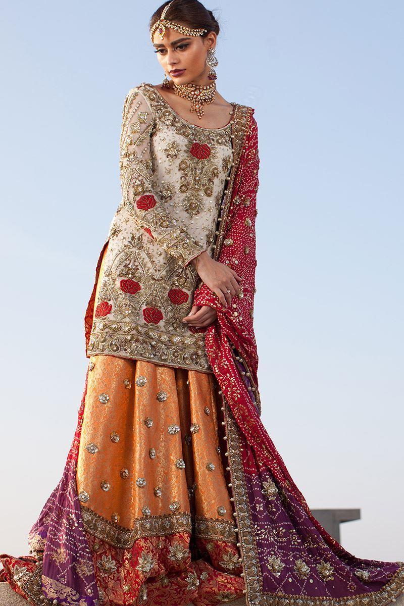 10 Annus Abrar Mehndi Dresses with Price , Pakistani Mehndi