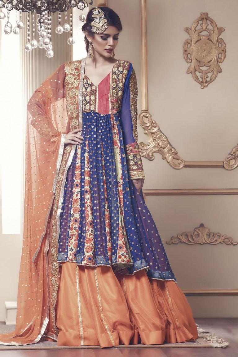 Simple Mehndi Dress Sharara