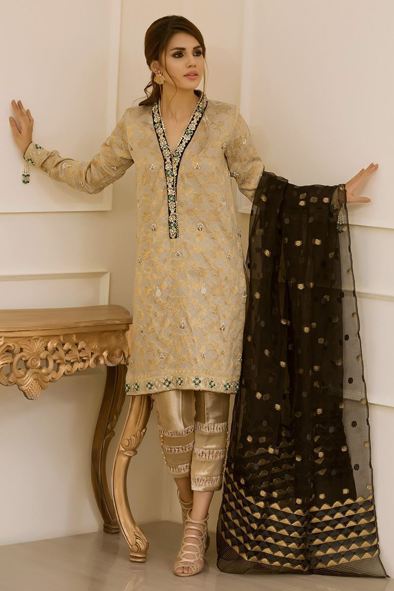Simple Mehndi Dress by Annus Abrar Formal Collection