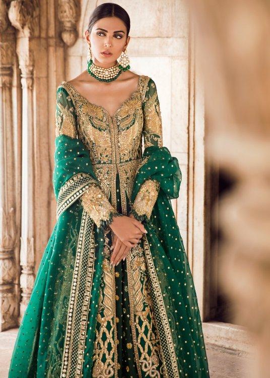 green dress for mehndi by Tena Durrani