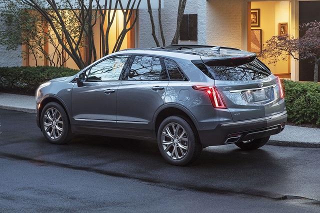 2022 Cadillac XT5 rear view