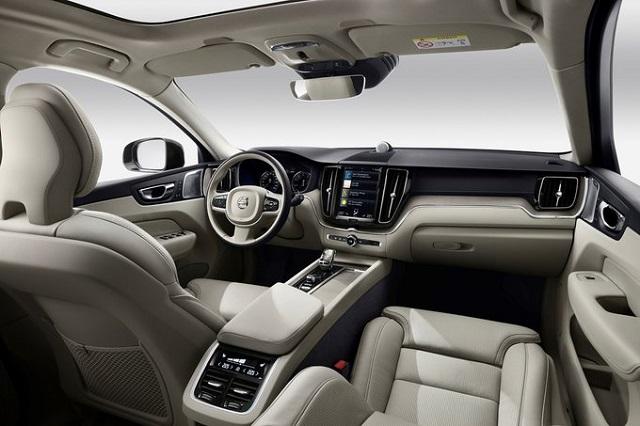 2022 Volvo XC60 interior