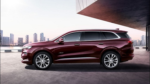 2022 Buick Envision side view