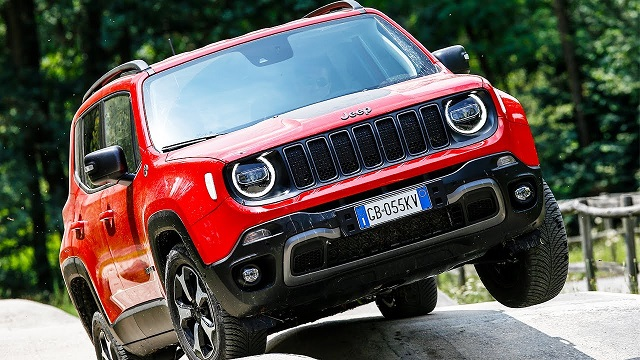 2022 Jeep Renegade front view