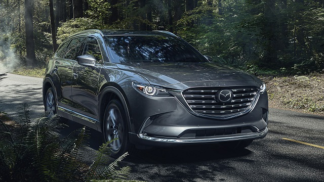 2022 Mazda CX-9 front view