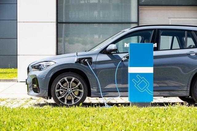 2023 BMW iX1