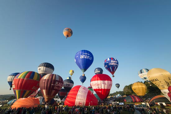 balloon fiesta ascent