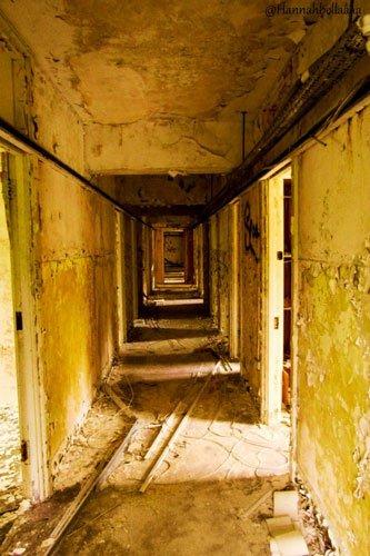 barrow gurney hallway