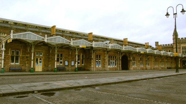 deserted temple meads