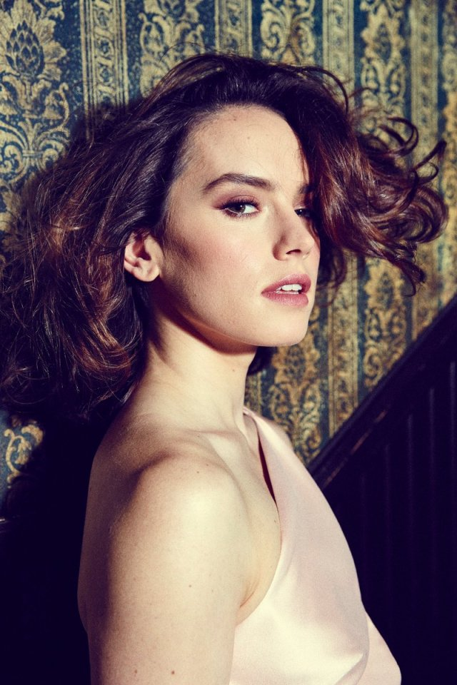 Daisy Ridley Hot & Sexy Pictures