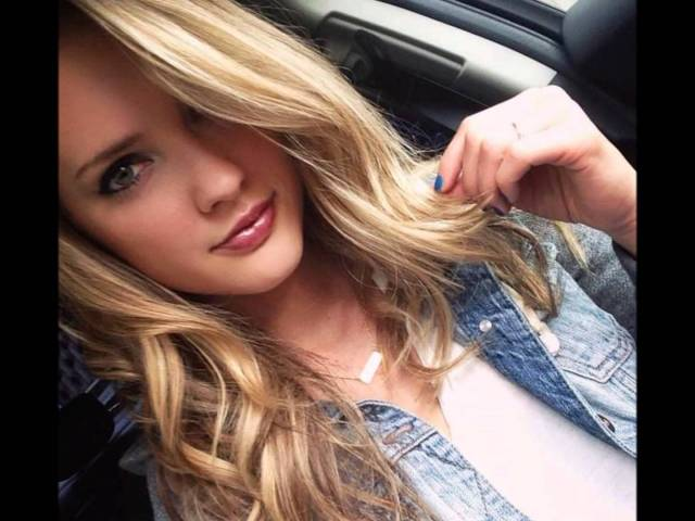 Ciara Hanna Hot Pictures