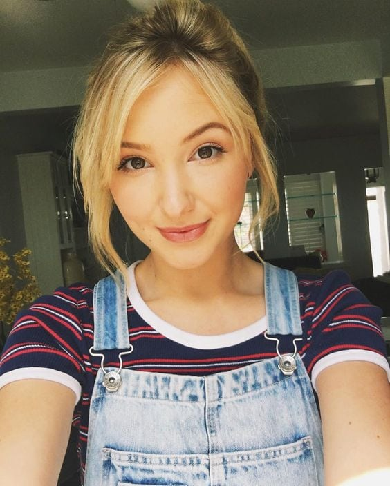 Audrey Whitby Selfie
