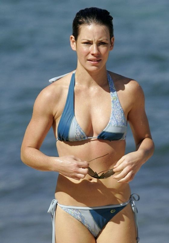 Evangeline Lilly Sexy Pictures