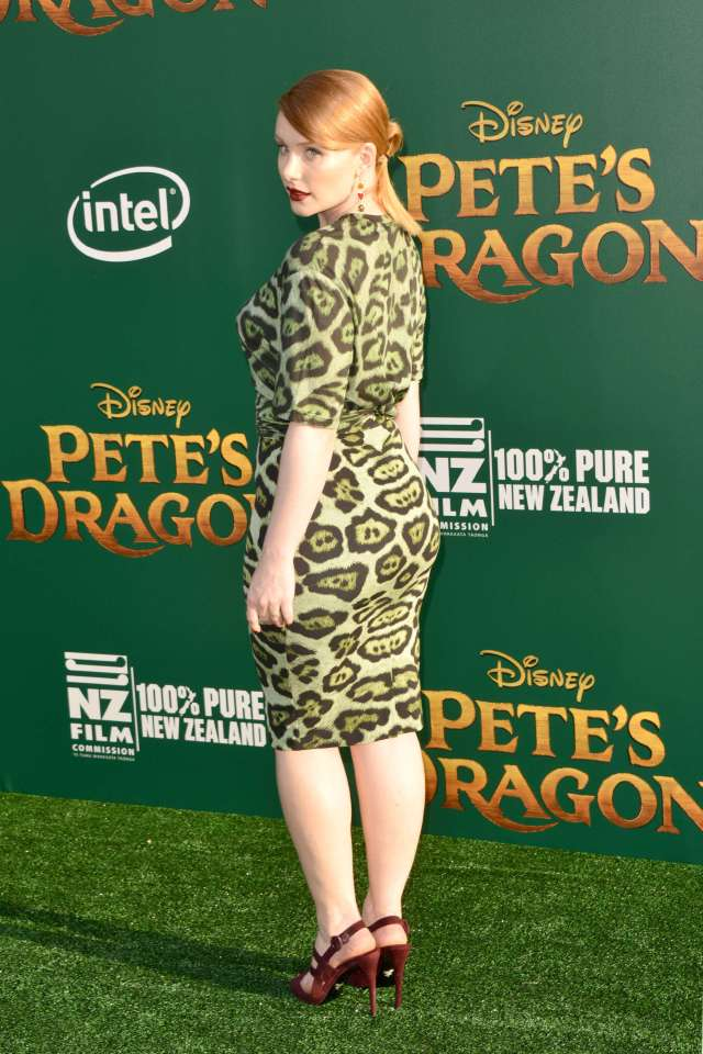 ... Howard s Pete s Dragon Hollywood. Splurge  Bryce Dallas. 29 Hottest  Pictures Of Bryce Dallas Howard sClaire c9fe1e71a