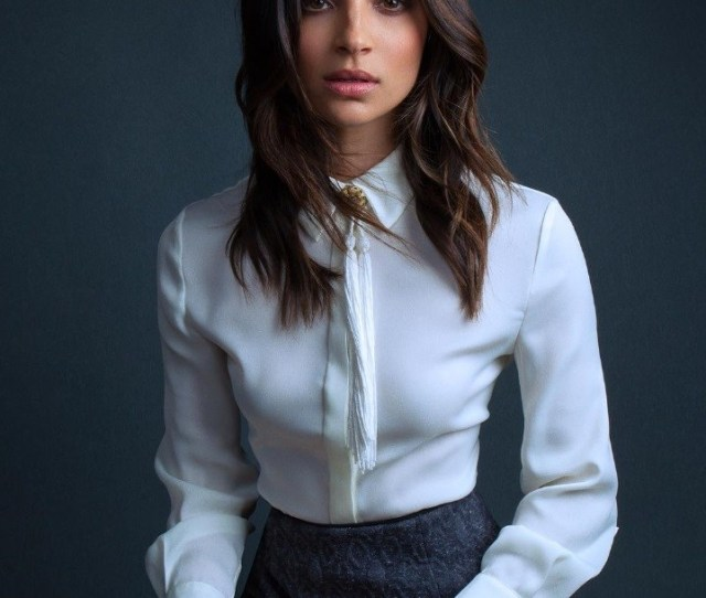 Hot Pictures Of Floriana Lima Maggie Sawyer In Supergirl Tv Show