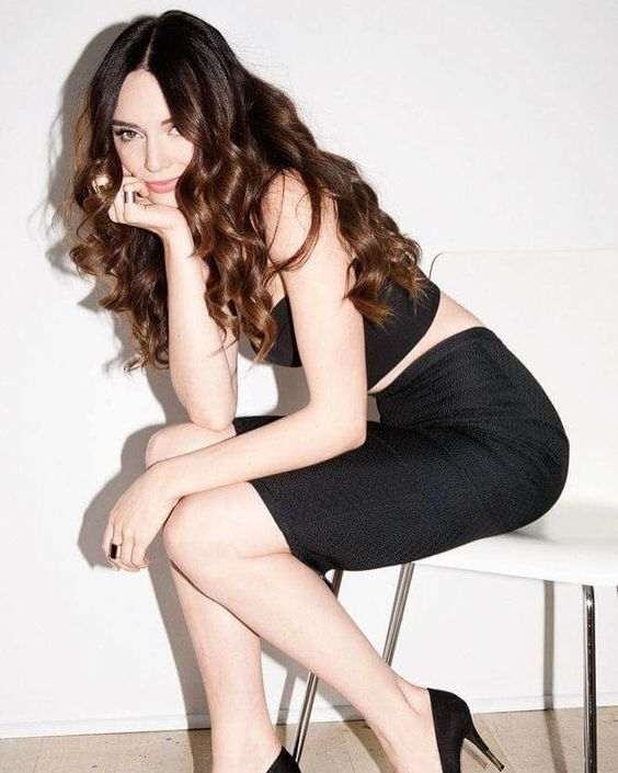 Mallory Jansen Sexy Picture