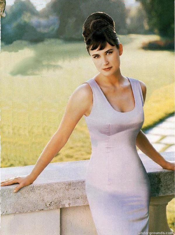 Young Demi Moore Pictures