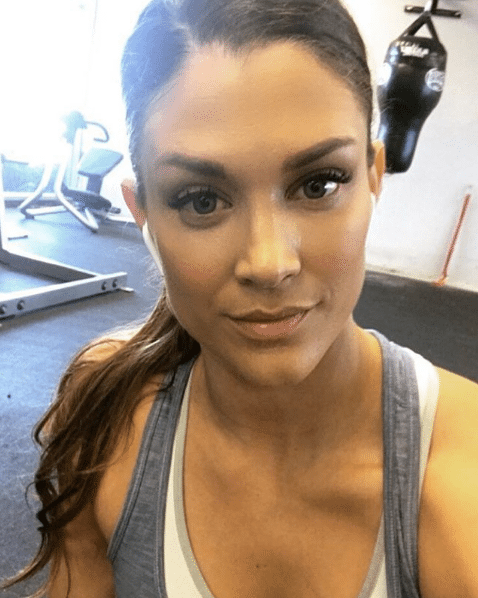 eve torres in jimming