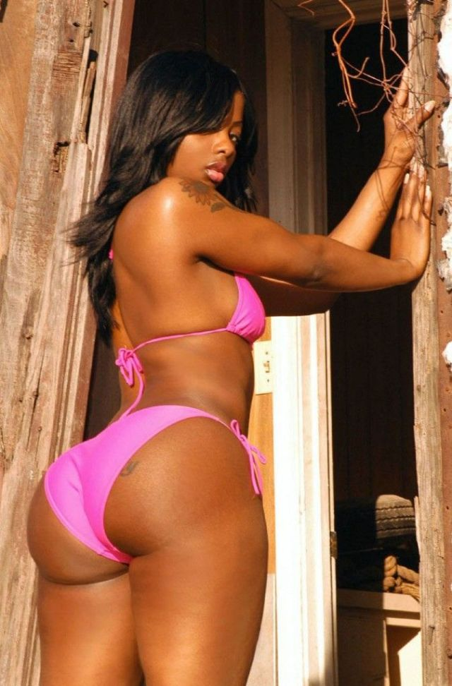 Buffie Carruth on Photoshoot