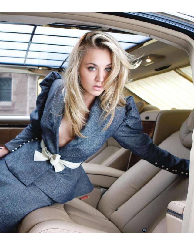 kaley cuoco in car