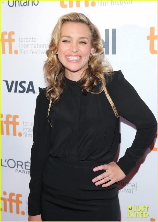 Piper Perabo Smile