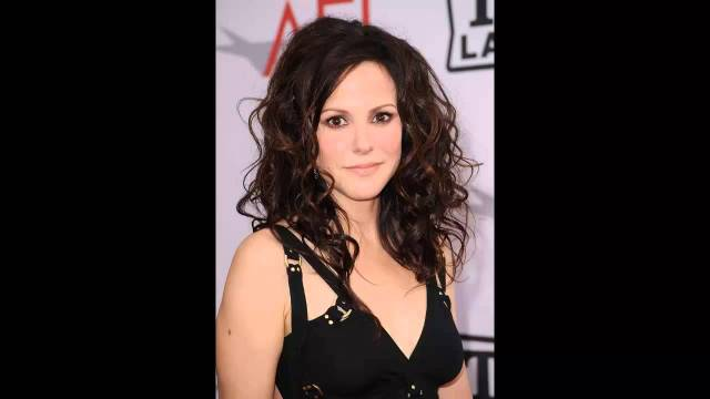 Mary-Louise Parker Hot