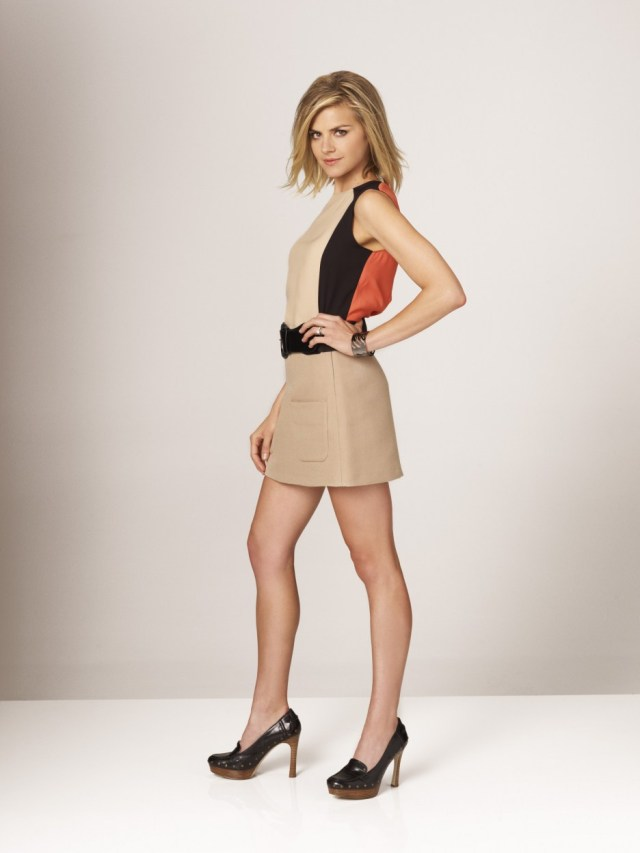 Eliza Coupe on Photoshoot