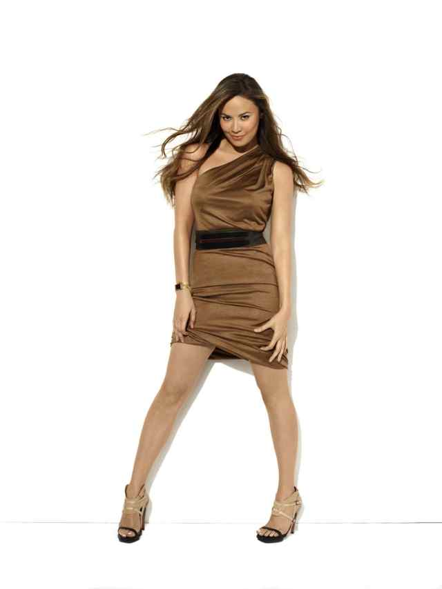 Moon Bloodgood Sexy Pictures