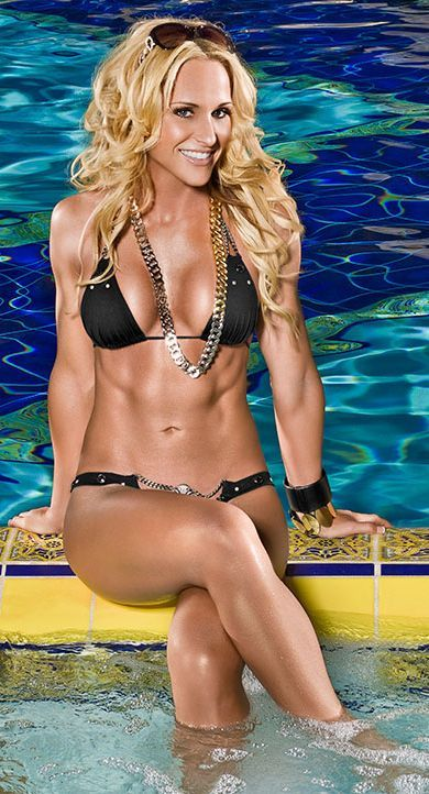 Michelle McCool Hot Pictures