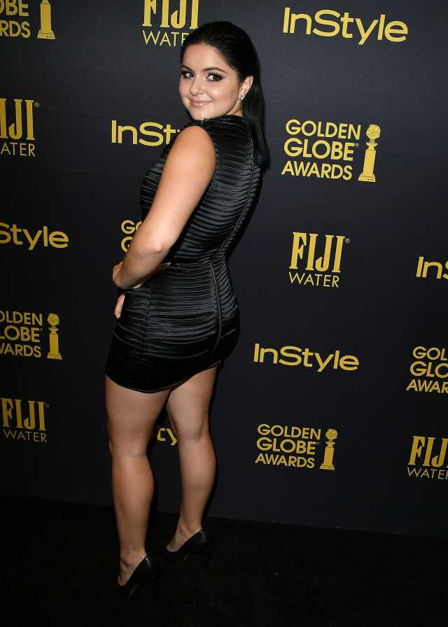 ariel winter awesome back