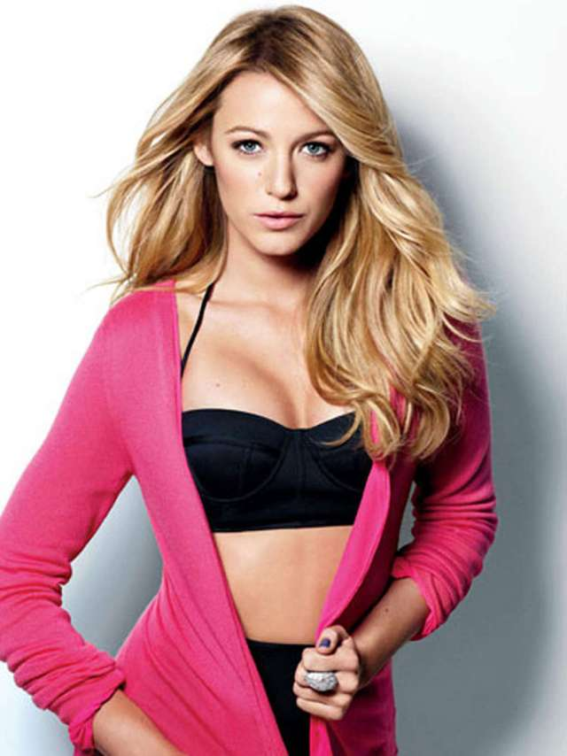 blake lively looking hot