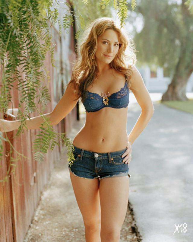 erica durance looking hot