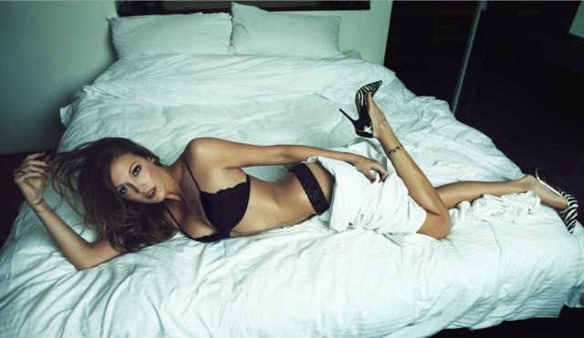 katie cassidy lingerie pictures