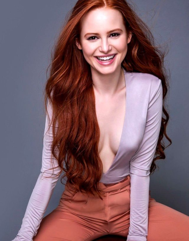 madelaine petsch cleavage