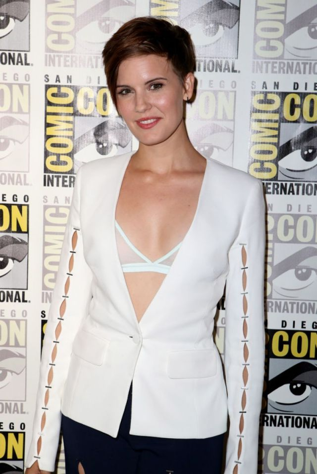 maggie grace cleavage