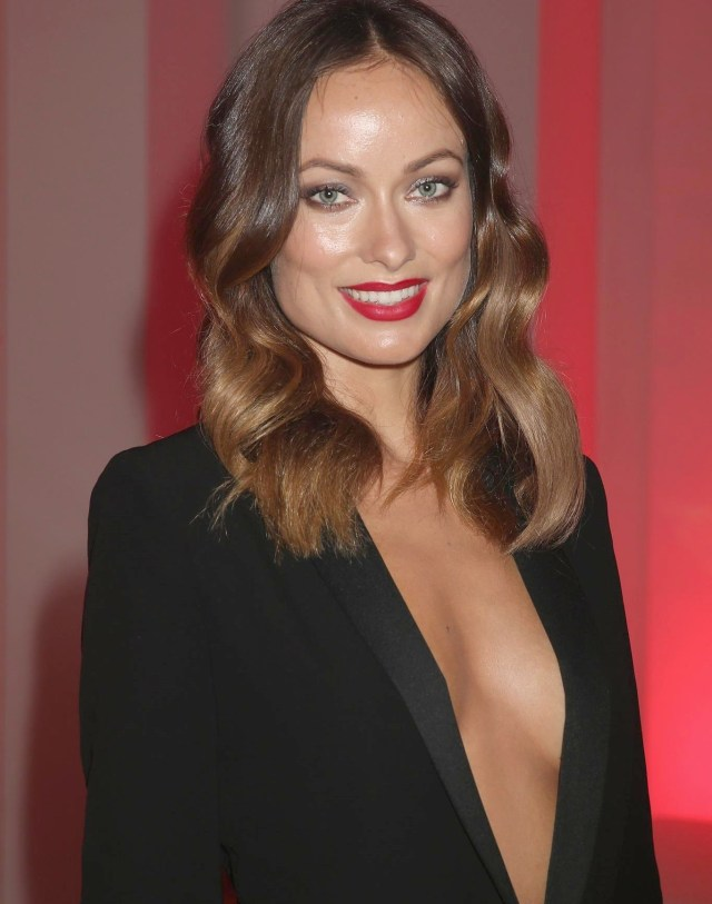 olivia wilde hot cleavage