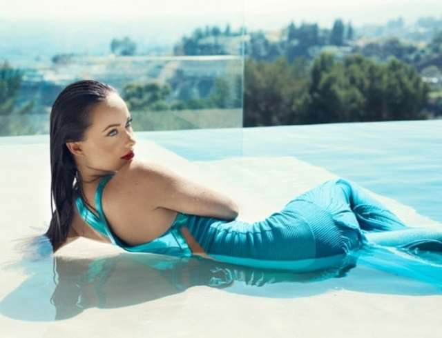 olivia wilde swimming pool