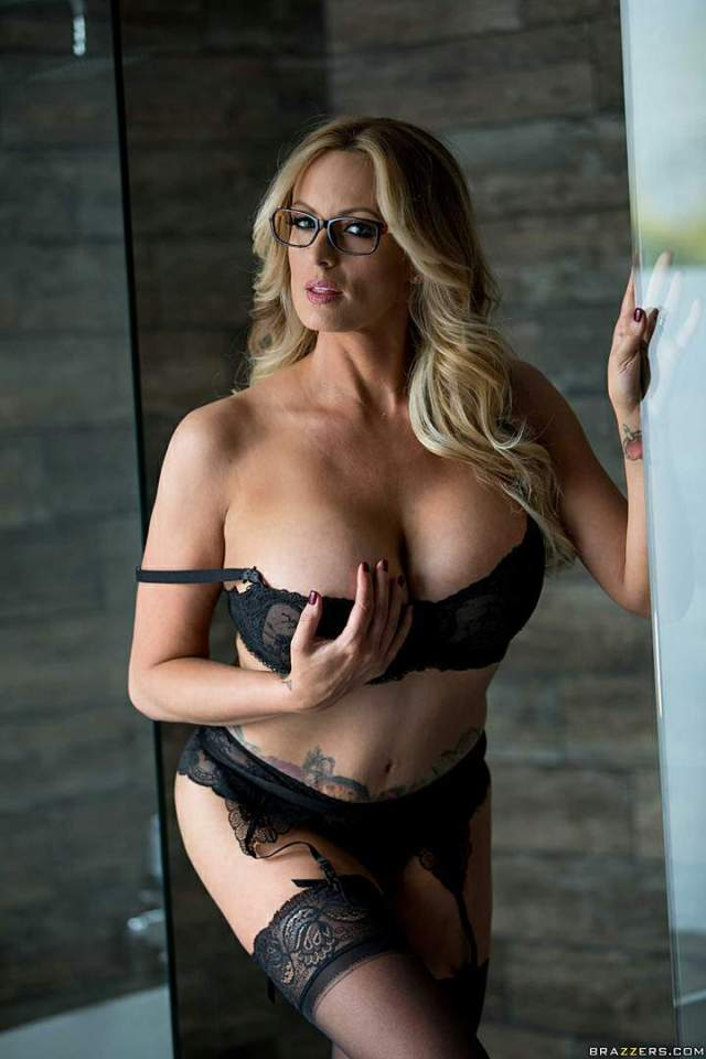 stormy daniels lingerie pictures