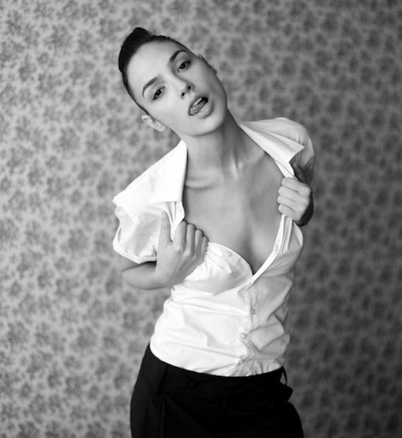Gal Gadot sexy cleavages