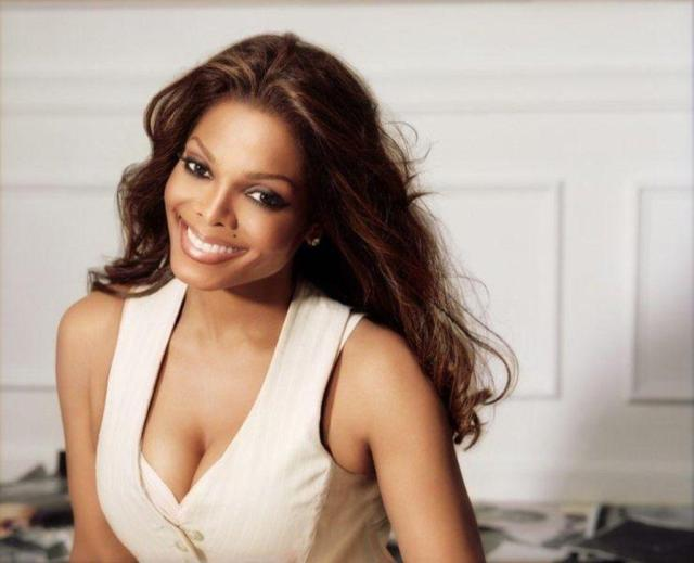 Janet Jackson cleavages