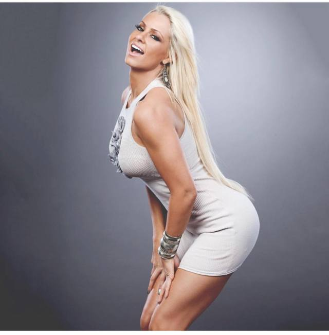 Maryse Ouellet Proves awesome butt