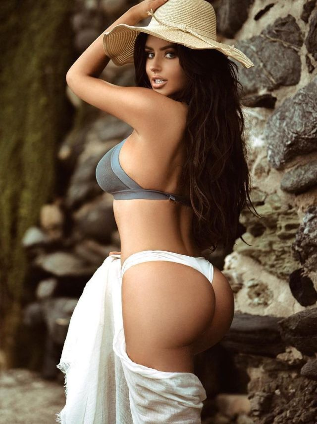 abigail-ratchford-sexy-back-