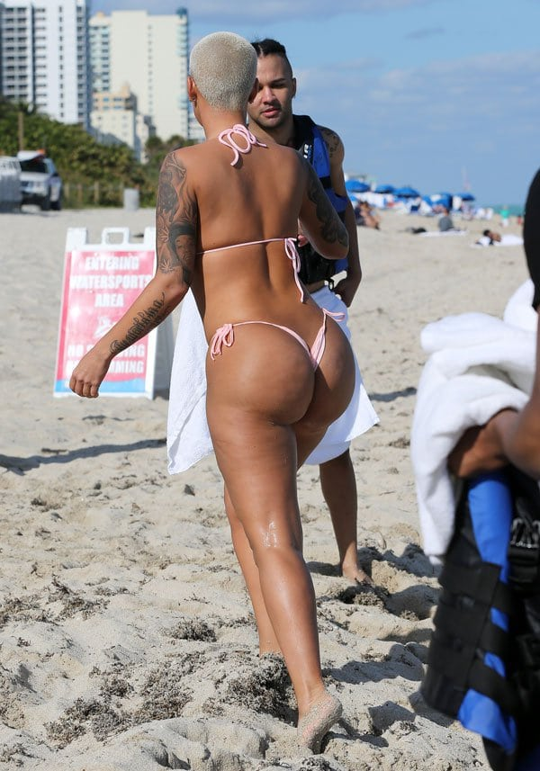 amber-rose-bech-pictures