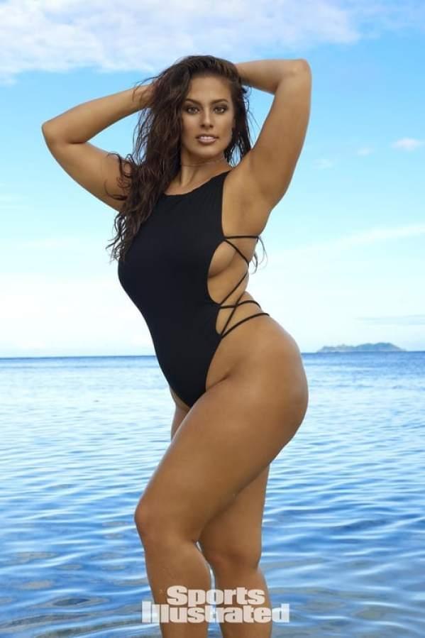 ashley graham swimsuit pictures
