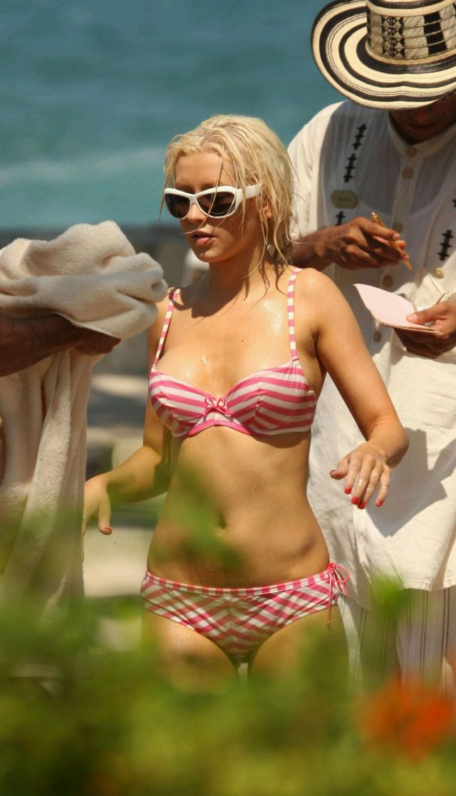 christina aguilera wearing bikini