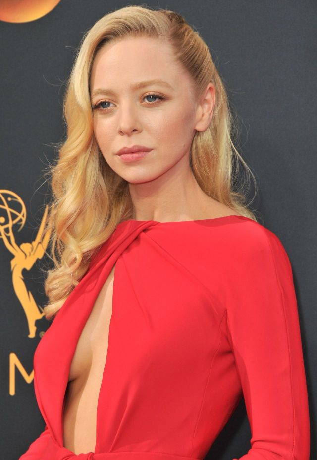 portia doubleday red dress