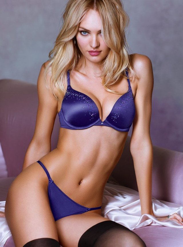 Candice Swanepoel Beautifull in Blue Bikini