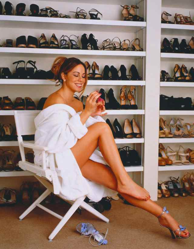 Mariah Carey feet hot picture
