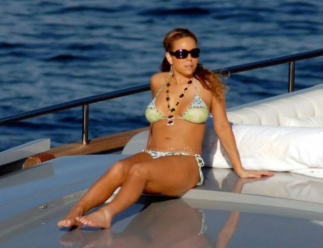 Mariah-Carey-legssexy photos